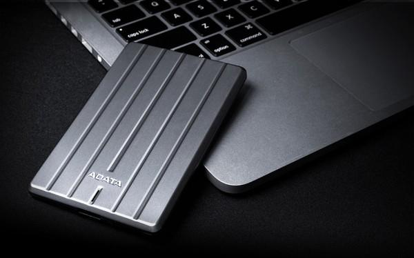 Adata HC660 — тонкий внешний жесткий диск