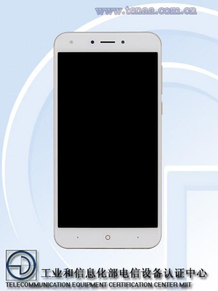 F4S — бюджетный металлический смартфон с 4G