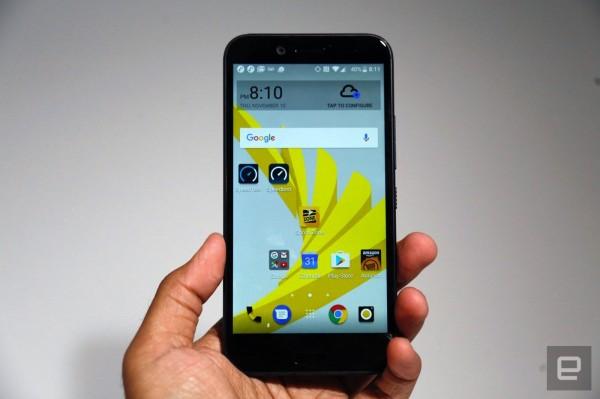 HTC сделала смартфон Bolt водонепроницаемым