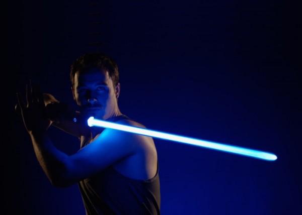 Flowsaber — световой меч, которым можно драться