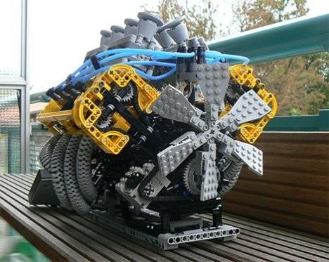 8-цилиндровый Lego-двигатель