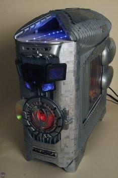 Компьютер для поклонников Battlestar Galactica