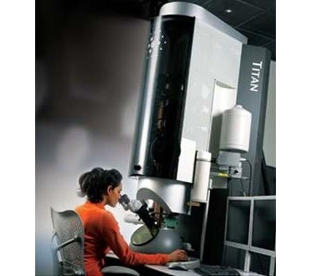 Titan 80-300 Cubed – самый мощный микроскоп