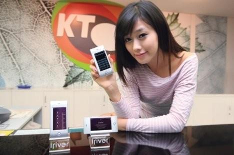 Телефон iRiver Phone