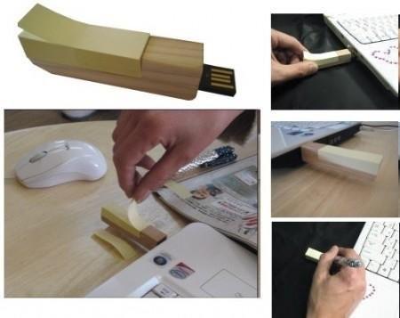 USB-флешка со стикерами