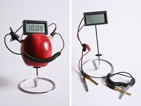 Часы, работающие на фруктах