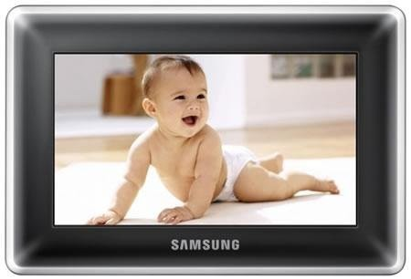 Тонкая цифровая фоторамка Samsung SPF-87H