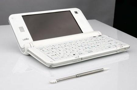 Самый маленький в мире компьютер UMID M1