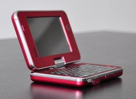 Мобильное интернет-устройство LonMID M100 готово к продаже