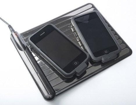Беспроводное зарядное устройство для iPhone и iPod Touch от WildCharge