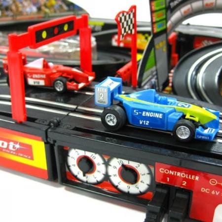 Race In A Case. Гонки в миниатюре