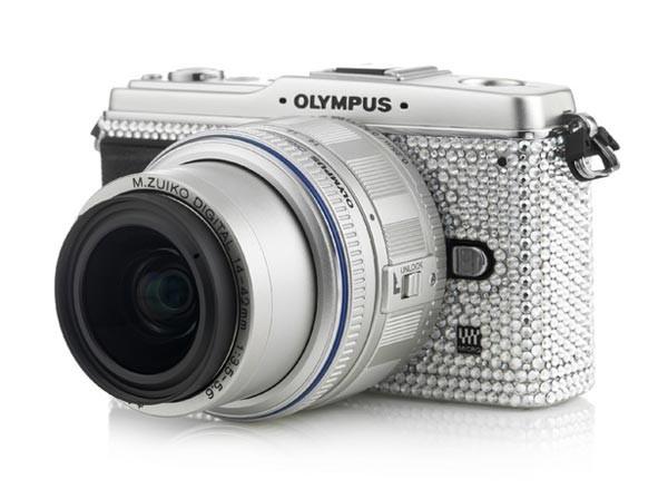 Гламурная фотокамера Olympus Pen E-P1