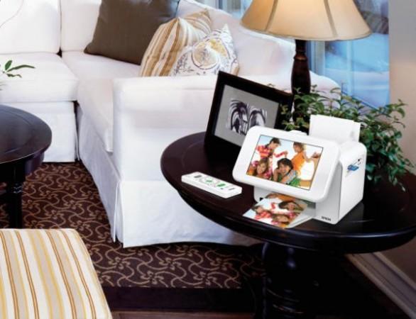 Epson PictureMate Show – фоторамка с принтером