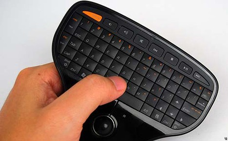 Миниатюрная беспроводная клавиатура от Lenovo