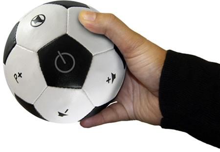 Универсальный пульт ДУ в виде мяча