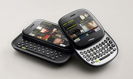 Microsoft представила свой первый телефон Kin