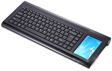 Commodore Invictus – конкурент Asus Eee Keyboard