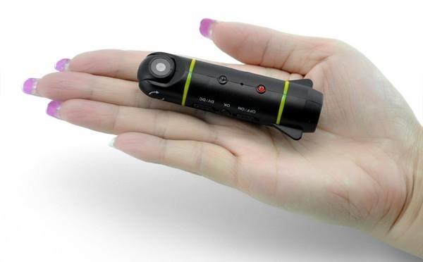 Крошечная камера для радиоуправляемых самолетов