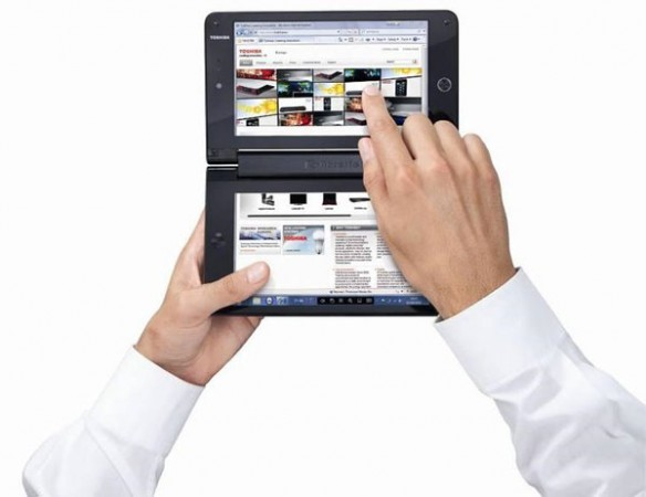 Toshiba Libertto W100 – нетбук с двумя дисплеями