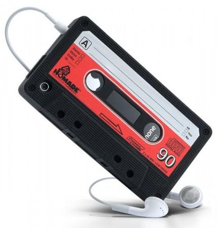 Кейс для iPhone'а в виде аудиокассеты