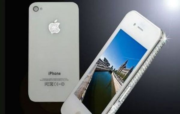 iPhone 4 за $ 20000