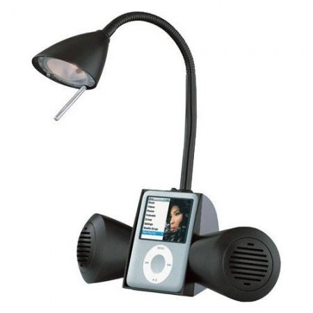 Док-станция для iPod в настольной лампе