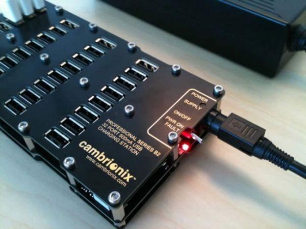 32-портовое зарядное устройство от Cambrionix