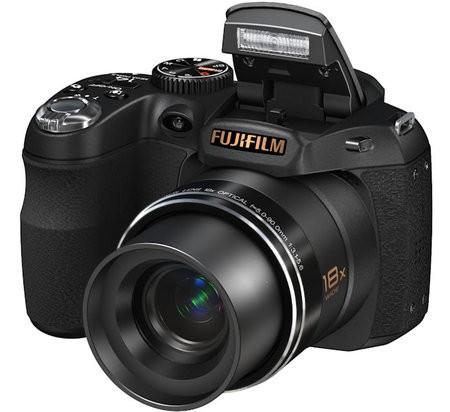 Fujifilm FinePix S2800HD – самый компактный 18-кратный ультразум