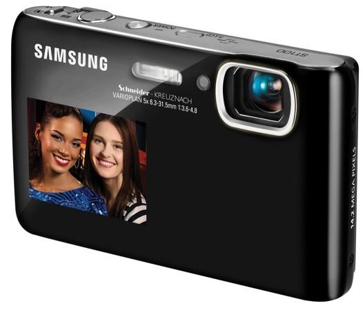 Новые камеры с двумя экранами от Samsung