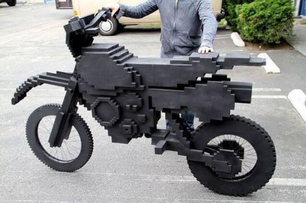 Реальный 8-битный мотоцикл