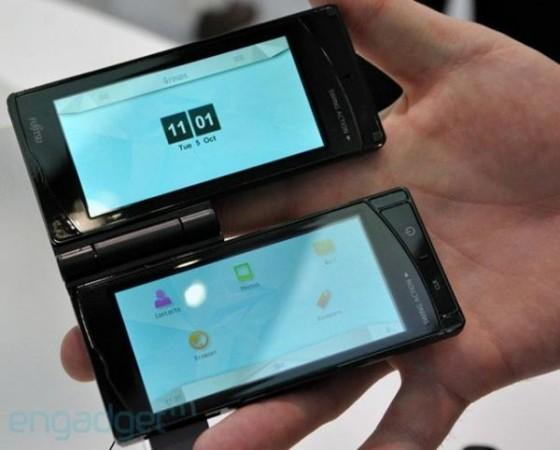 Двухдисплейный смартфон от Fujitsu