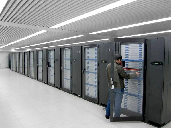 Китай построил самый мощный суперкомпьютер в мире