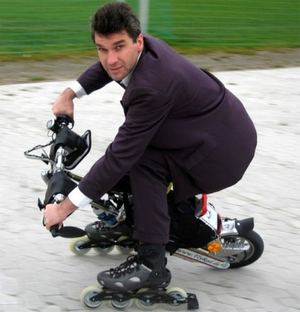 Уницикл FlyRad + ваше тело = электро-мотоцикл
