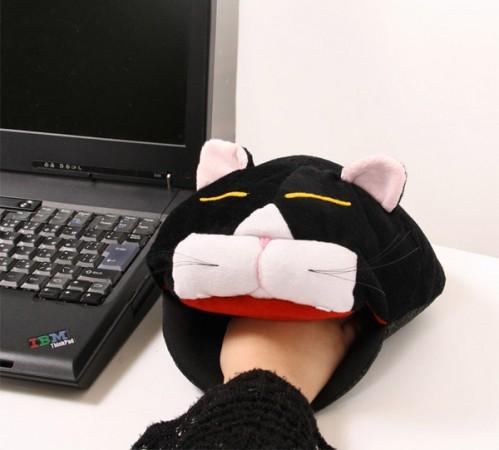 Кошка – обогреватель для мышки