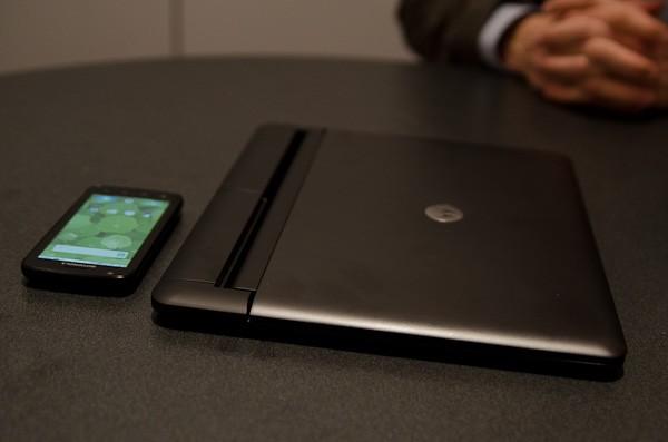 Motorola представляет «вебтоп» для Atrix 4G
