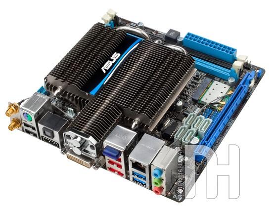 ASUS представляет мега-систему на AMD Fusion