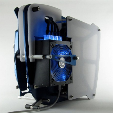 Необычный системник DARWINmachine Hammerhead HMR989