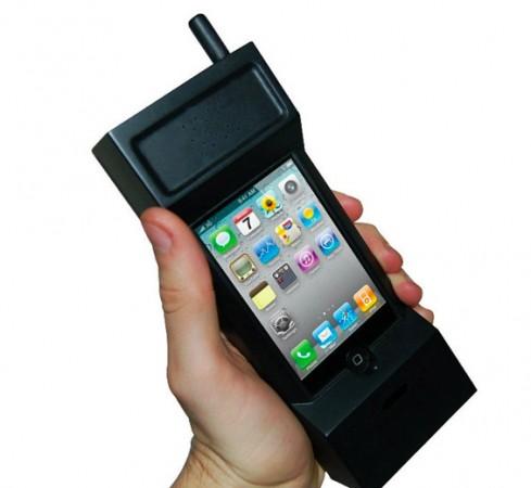 Корпус для iPhone в стиле 80-х