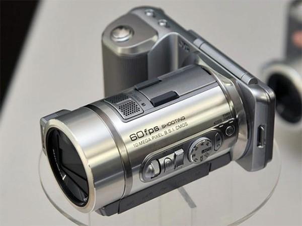 Гибридная камера GX-PX1 от JVC