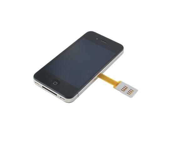 Обычная SIM-карта в iPhone 4