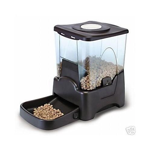 Автоматическая кормушка для животных