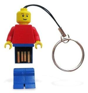 Официальные LEGO-флешки