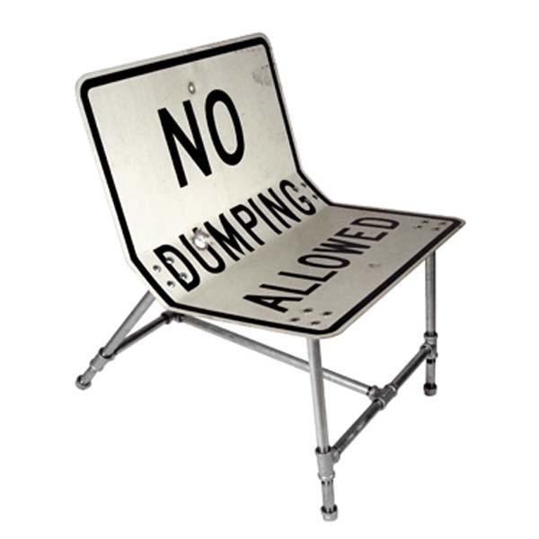 Мебель из дорожных знаков