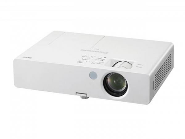 Компактный проектор Panasonic PT-LB3U