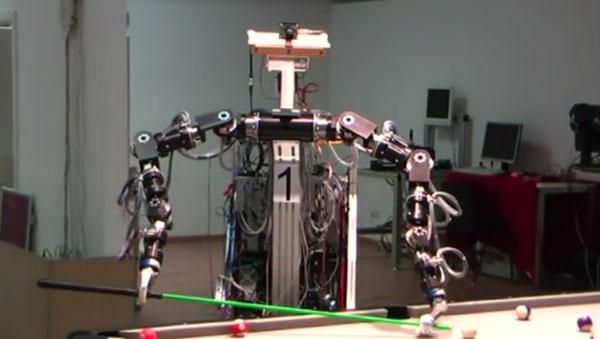 Робот, играющий в бильярд