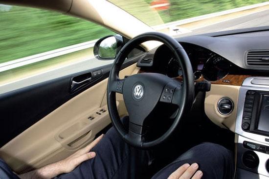 Volkswagen разработала «временный автопилот»