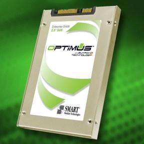 1,6-ТБ SSD Smart Optimus – «читает» гигабайт в секунду