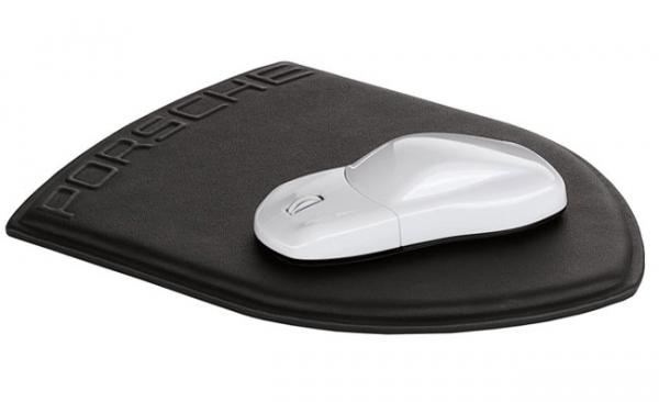 Мышь и коврик от Porsche