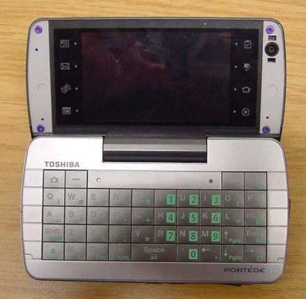 Новые супертелефоны от Toshiba