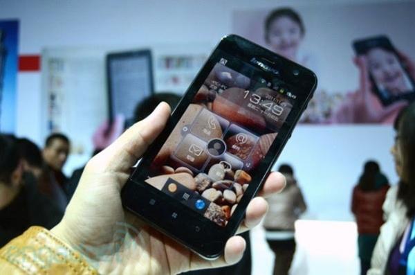 5-дюймовый Android-планшет Lenovo LePad S2005